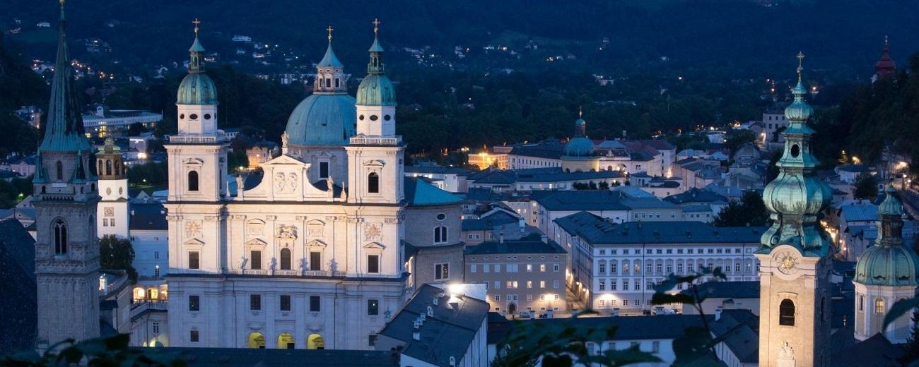 https://www.perusiaviaggi.it/images/Parti_con_Noi/salisburgo-viaggio-di-gruppo.jpg